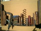 2003 - Moltes histories - hierro y otros materiales (75x44x10)